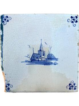 Piastrella Delft antica maiolicata olandese con chiesa