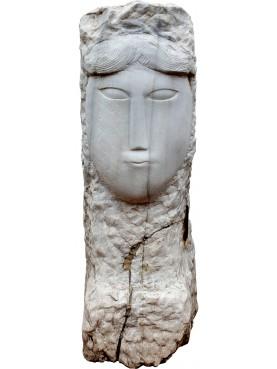 Copia di una testa in marmo di Amedeo Modigliani