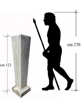 Base in cemento per erma o busto H 123 cm