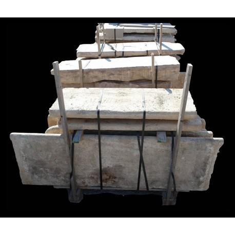 Gradini in pietra calcarea