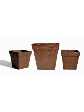 Little greenhouse vases in three sizes