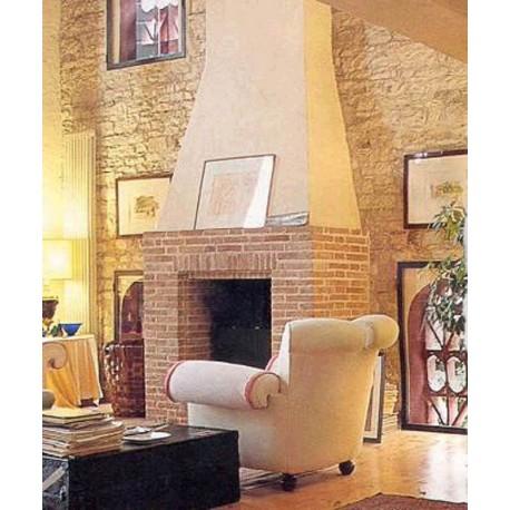 Camino minimalista realizzato con mattoni antichi