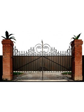 Iron gate 4,10 m. with plate