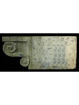 Peperino stone brackets