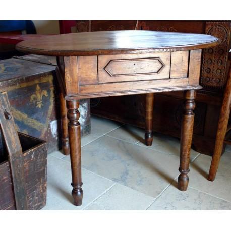 Tavolo ovale in Pino