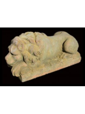 Terracotta lion