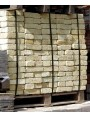 One pallet with 720 bricks