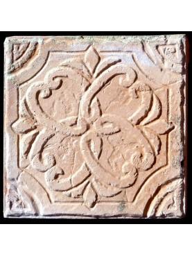 Piccole piastrelle in terracotta