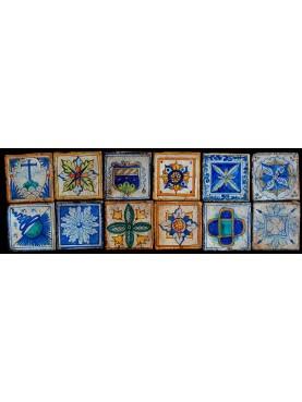 Square reinassance tiles