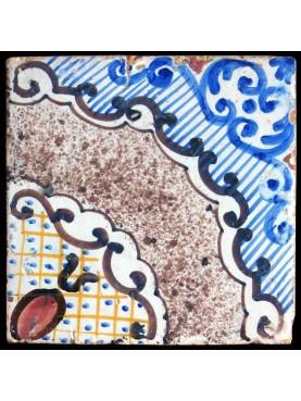 Anrica piastrella di maiolica
