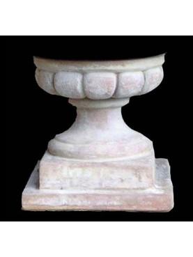 Supporto basetta H.26cm/26x26cm rotonda baccellata