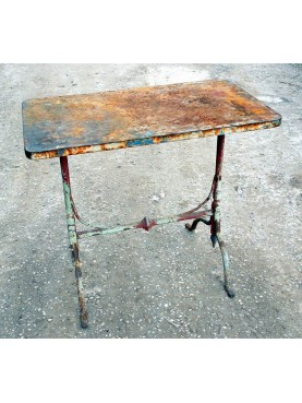 Little forged-iron table