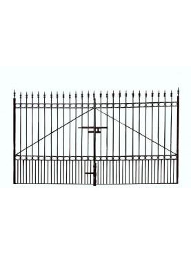 Iron gate 4,10 m.