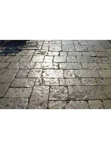 Pavimento pietra calcarea antico