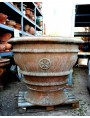 With terracotta base