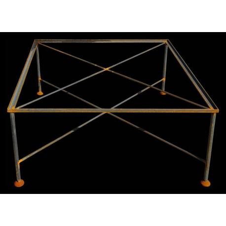 Tavolo quadrato basso per piastrelle o pietra