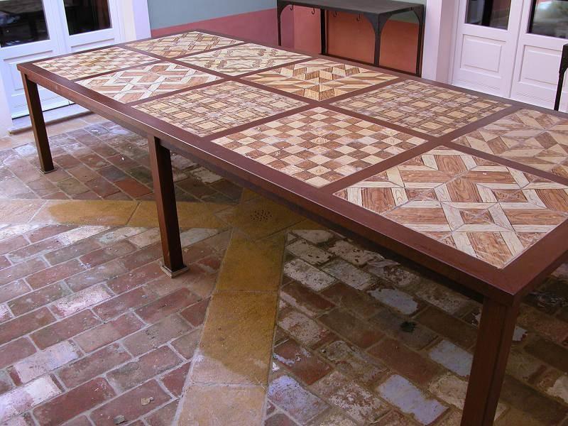 Grande tavolo minimalista in ferro codice articolo: 6906 prezzo: 6.000