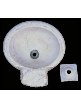 Piccolo acquamanile in marmo bianco di Carrara