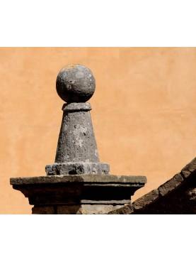 Rapolano's Spheres Ø25cms