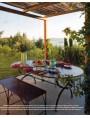 Ad Albisola, tavolo Porcinai di 2 m. + 2 divanetti