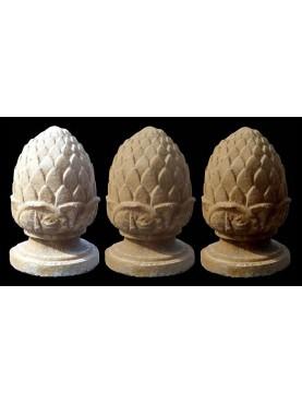 Little pine cones H.27cms