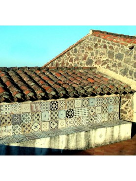Old tiles benche