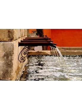 Grande bocchettone da fontana