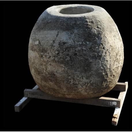 Giara in pietra H.80cm per la calce idrata