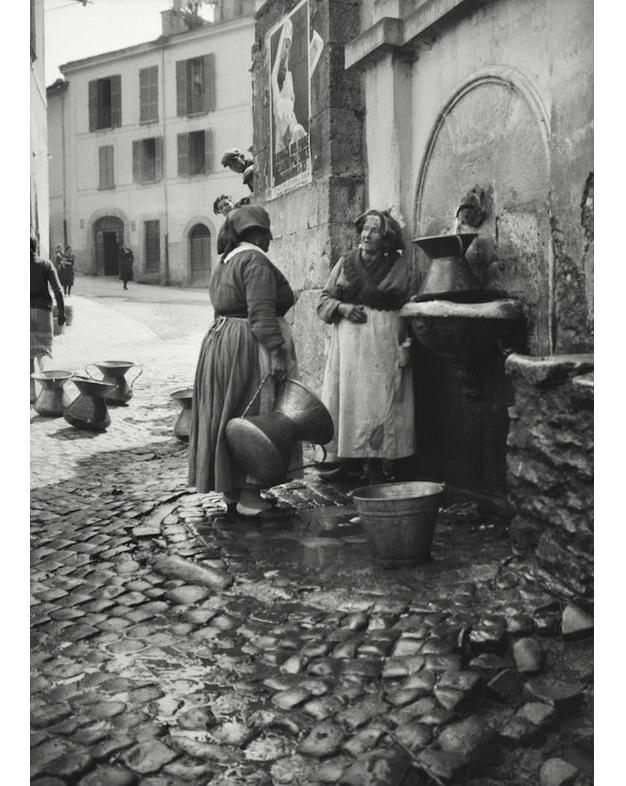 Umbria, Italy 1934 by E.O. Hoppé